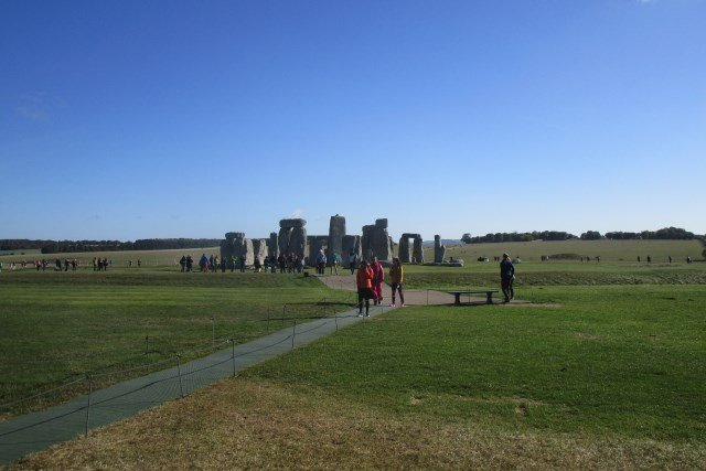Best Small Group Stonehenge Tours from London