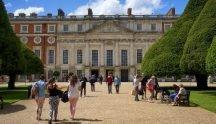 Visiting Hampton Court Palace