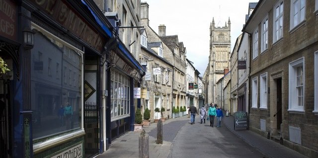Best Places to Visit in the Cotswolds: Cirencester