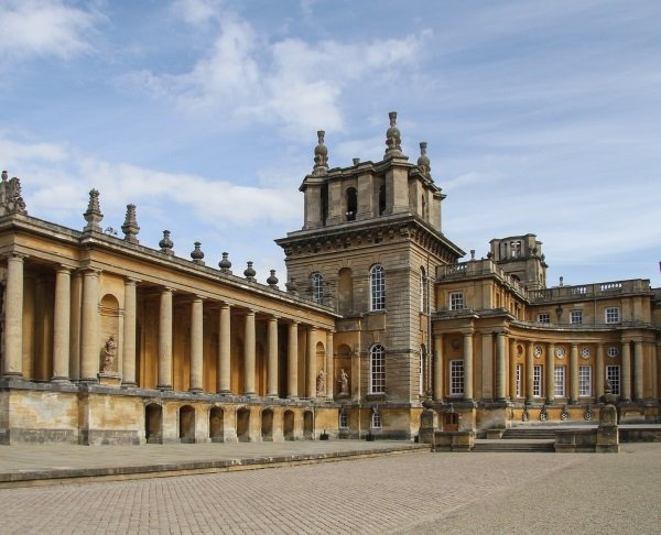 blenheim-palace-1592897_1280