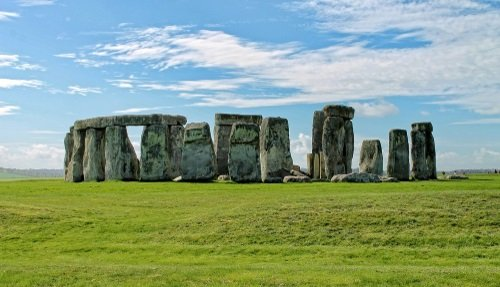 Direct Bus to Stonehenge from London