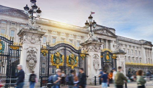 Buckingham Palace & Windsor Castle Tour from London