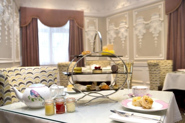 Alison fromGirls Afternoon Tea: