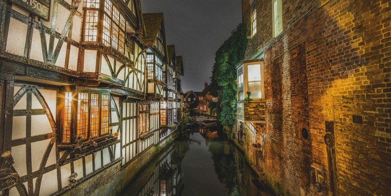 Canterbury, the Old Weavers House 1