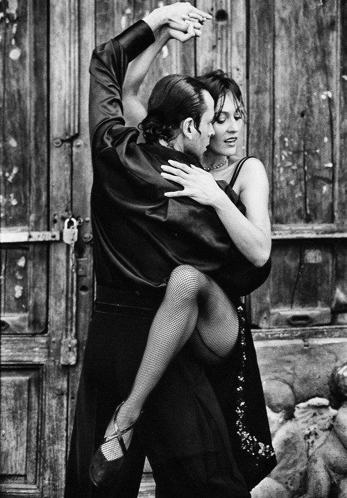 tango-108483_1280
