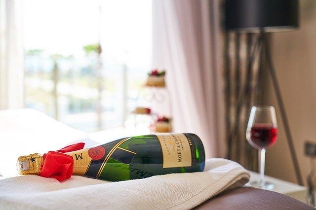 Valentine's Day Hotel Package