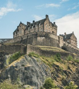 Edinburgh Castle on the hill 310