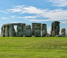 Stonehenge 236 205