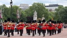 Changing of the Guard, Buckingham Palace 500 287