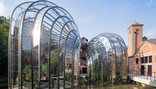 Bombay Sapphire Tour from London - Small Group