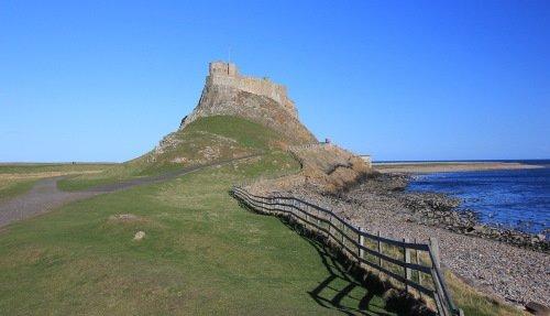 lindisfarne-castle-500